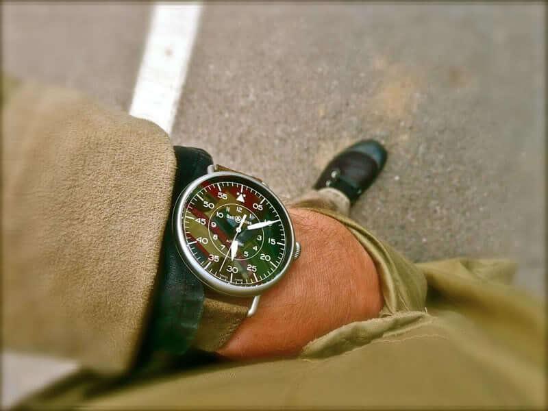 bell-ross-vintage-ww1-92-wrist1