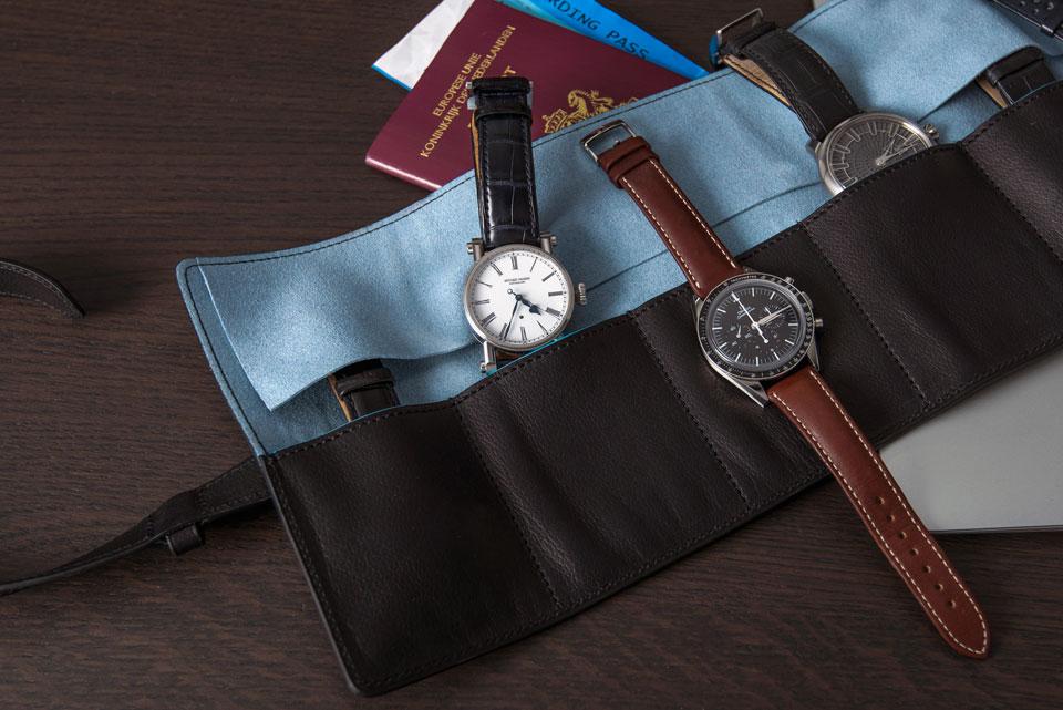 Monochrome Watch Roll