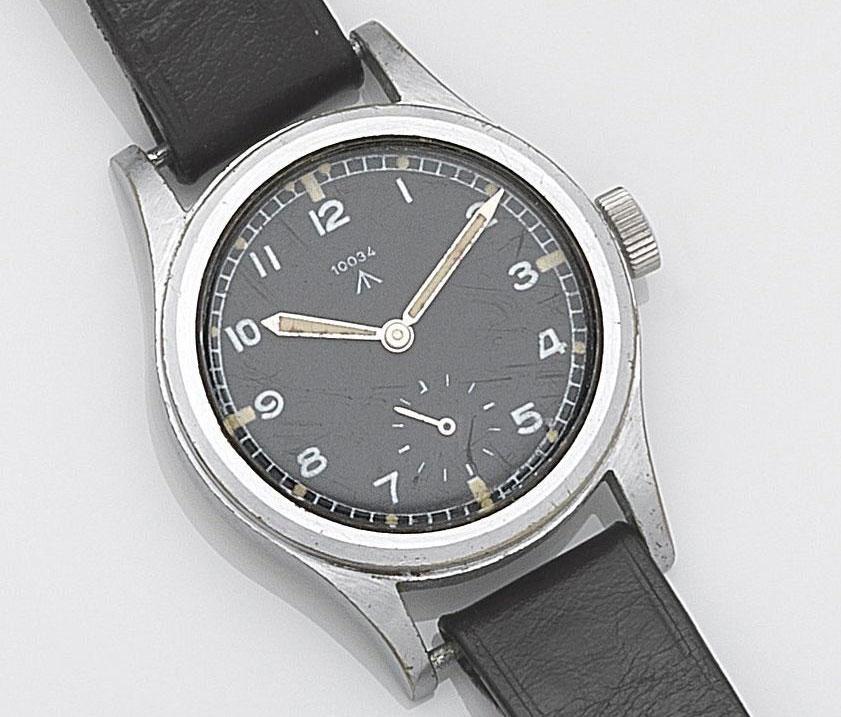 Record W.W.W. military watch