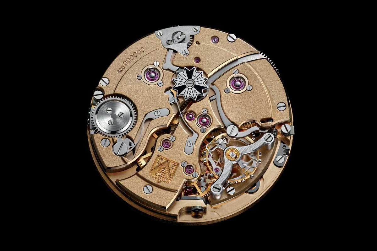 H.Moser & Cie Endeavour Perpetual Calendar Golden - 1