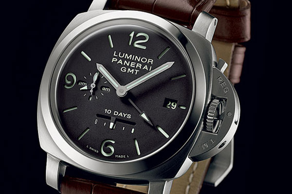 The power reserve increased to 10 days with the self-winding Caliber P.2003.