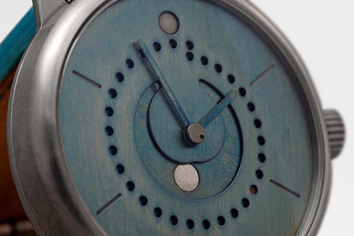 moon-phase-watch-blue-patina-42mm-ochs-und-junior-DSC_3108_RGB2-2132px - Copy