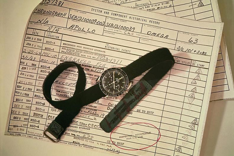 Omega Speedmaster Moonwatch 2