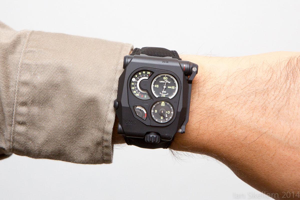 URWERK EMC Black wrist