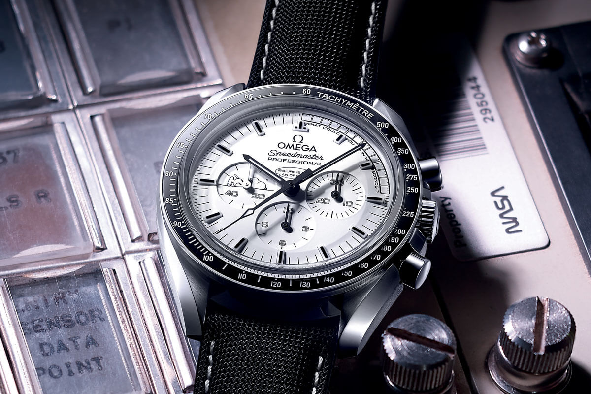 Omega Speedmaster Moonwatch Professional Silver Snoopy Award Apollo 13 - 4