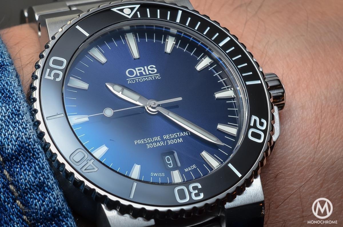 Oris Aquis Date Gradient Blue - 2