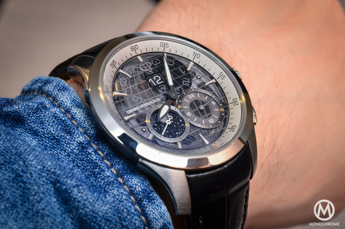 Girard-Perregaux Traveller Large Date, Moonphase & GMT sapphire dial - 1