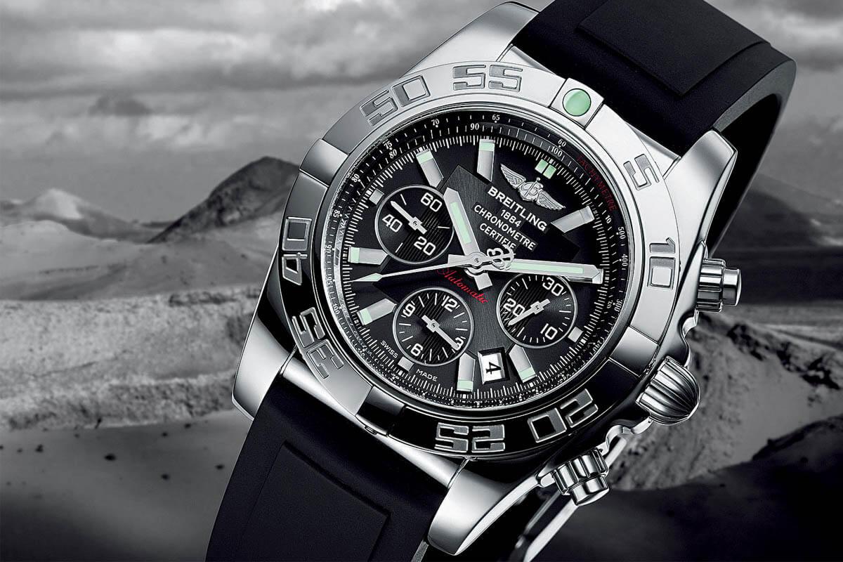 Comparative Review - Breitling Chronomat B01 vs. IWC Ingenieur Chronograph - 2