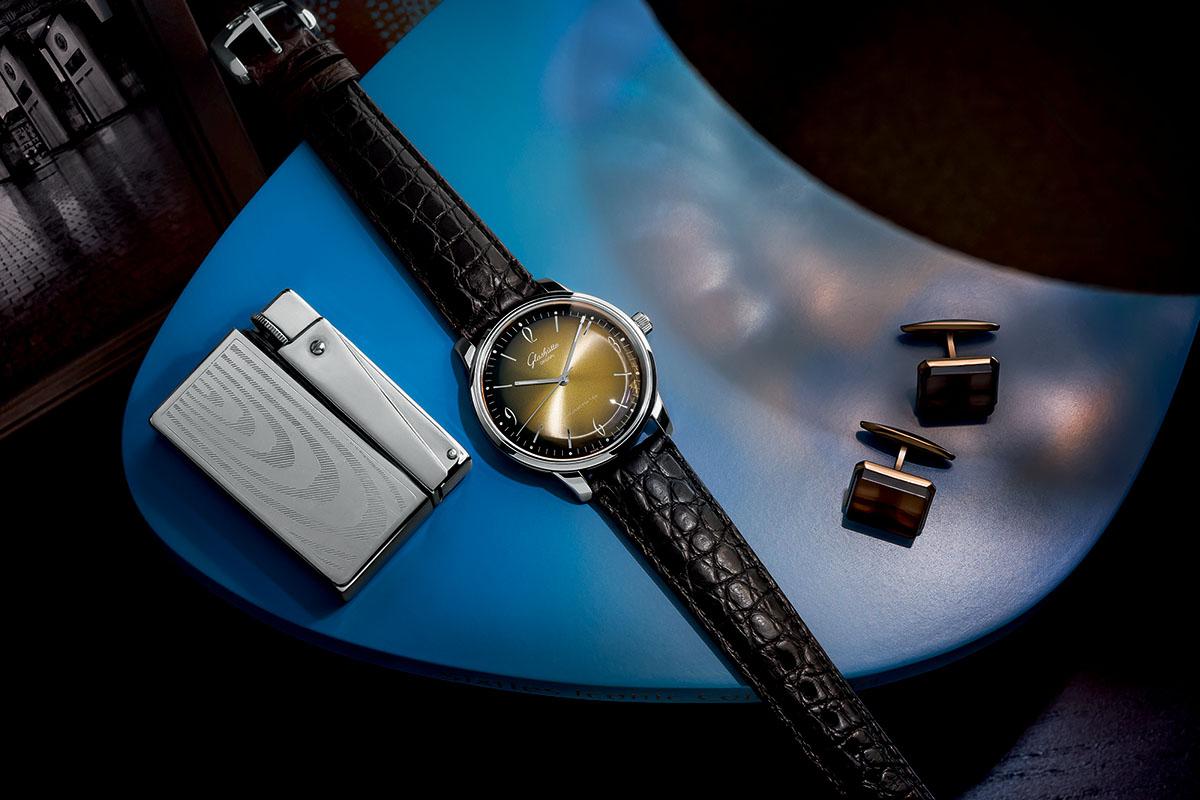 Glashutte Original Sixties golden dial full