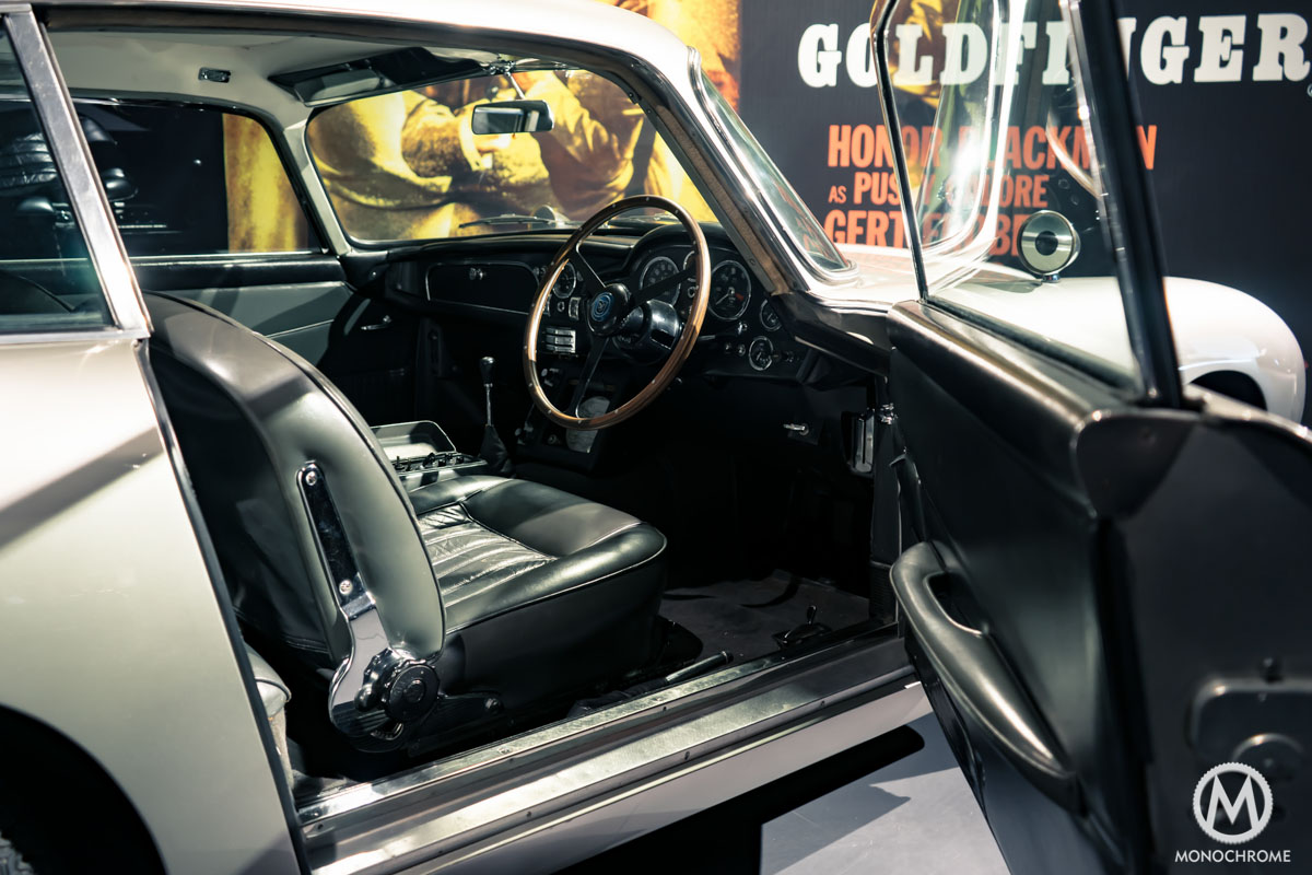 Omega Seamaster 300 SPECTRE 007 James Bond Limited Edition - Shooting Aston Martin DB5 interior