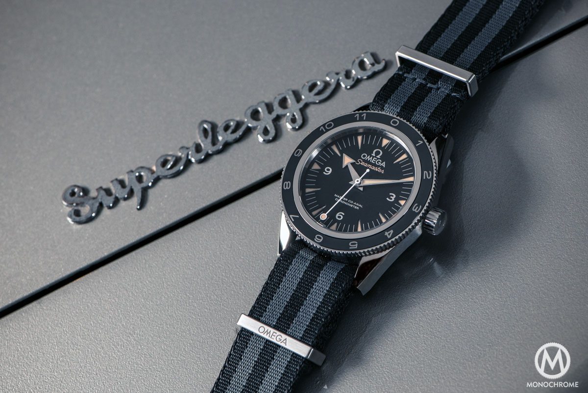 Omega Seamaster 300 SPECTRE 007 James Bond Limited Edition - close up
