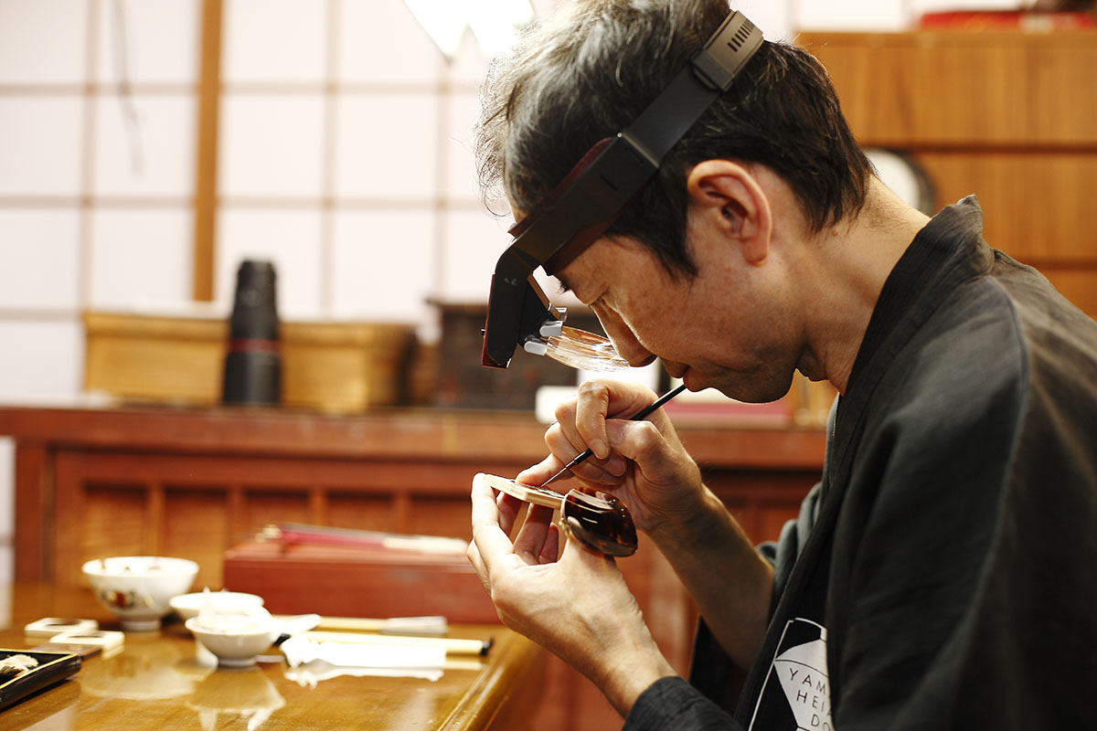 Chopard L.U.C XP Urushi - Year of the monkey - making of
