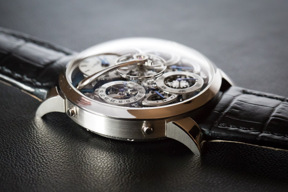 MB&F legacy Machine Perpetual - Credits to The Horophile - profile casebands