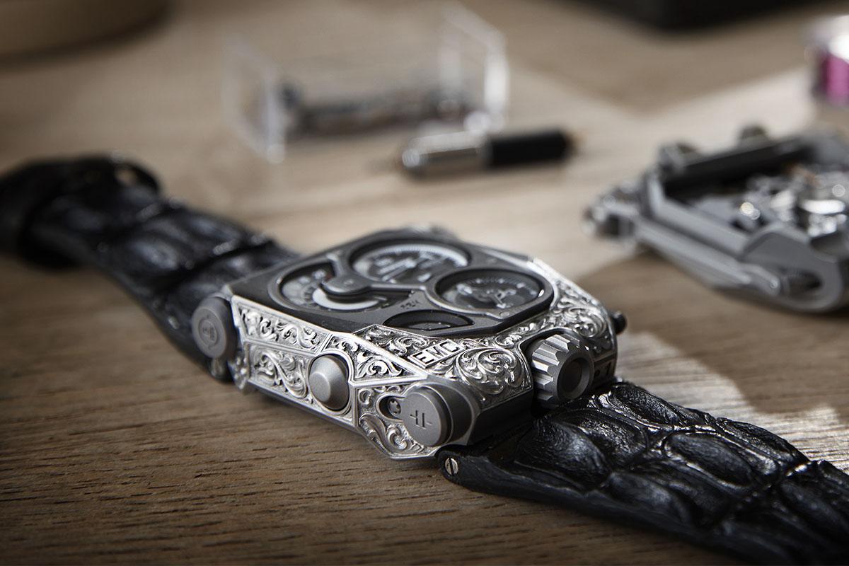 Urwerk EMC Pistol - unique engraved - case focus