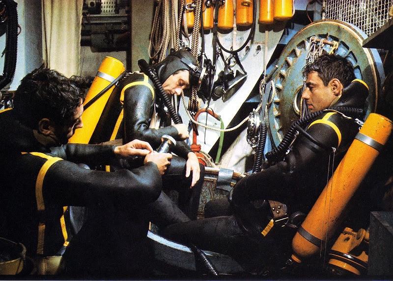 divers in Conshelf II