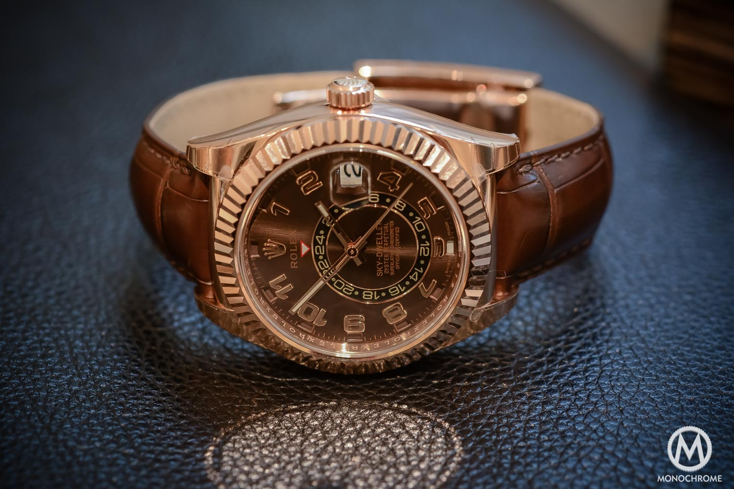 Rolex Sky-Dweller Review - Case close up - everose gold chocolate brown dial