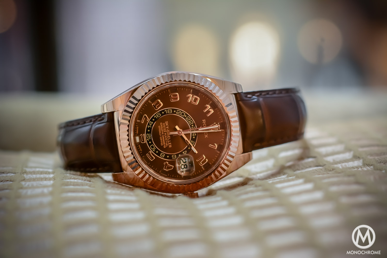 Rolex Sky-Dweller Review - Case - everose gold chocolate brown dial