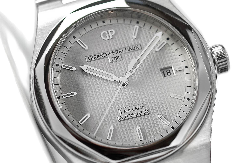 Girard Perregaux Laureato 2016 Autimatic ref. 81000 - silver dial