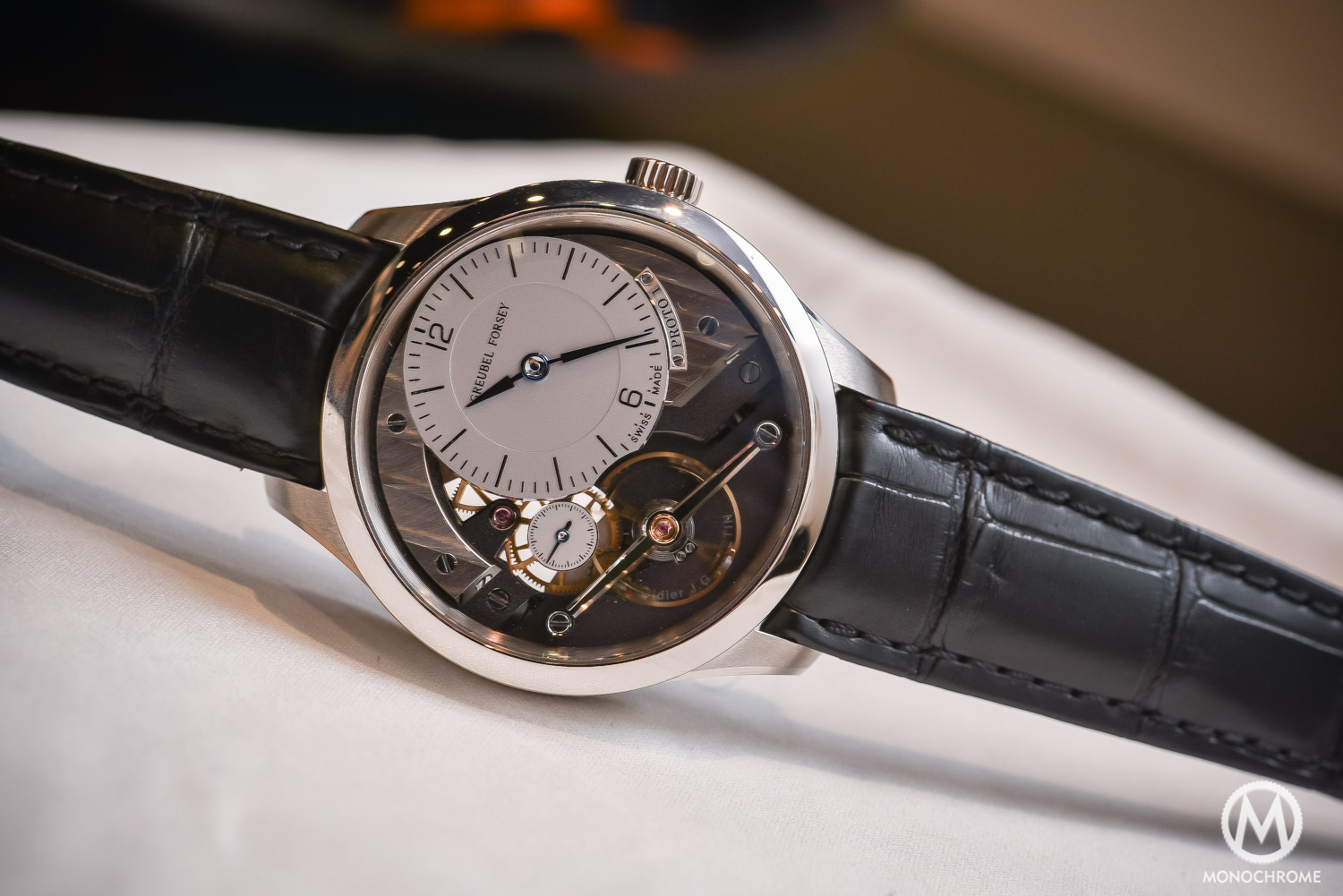 Greubel Forsey Signature 1 - Stainless steel entry level - SIHH 2016 - case