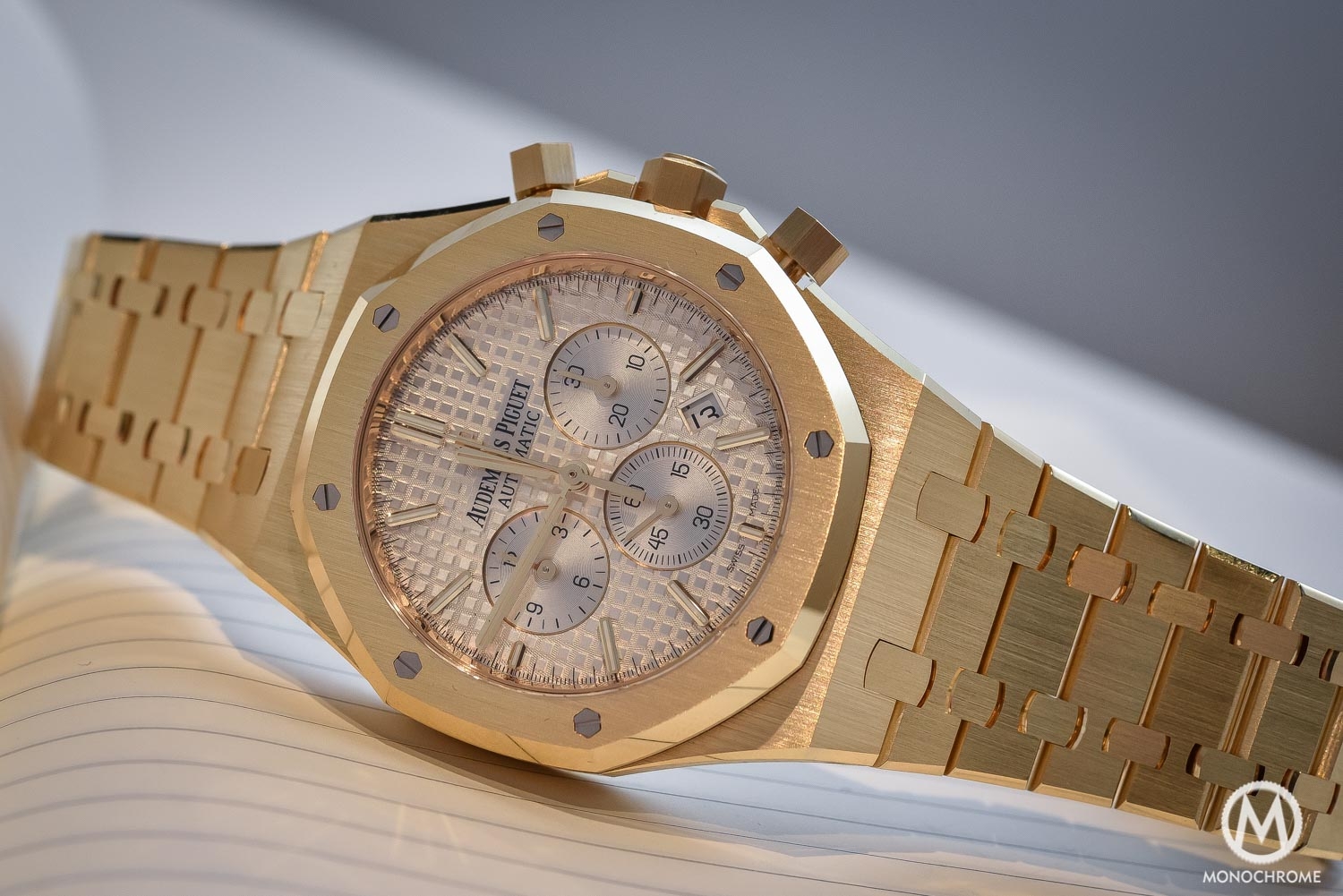 ab00fec1d55 Audemars Piguet Royal Oak Chronograph 26320 yellow gold white dial - SIHH  2016
