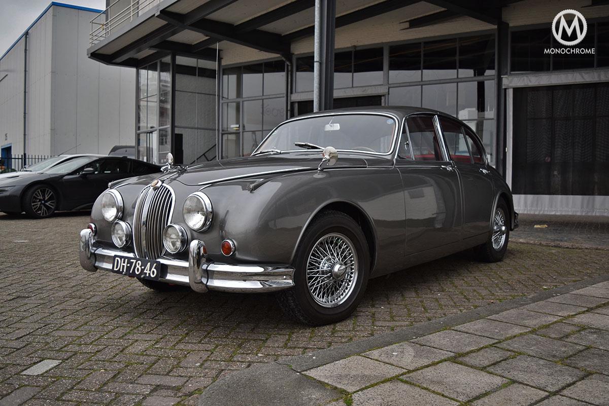 EZA_Watches_Jaguar_MKII_Saloon