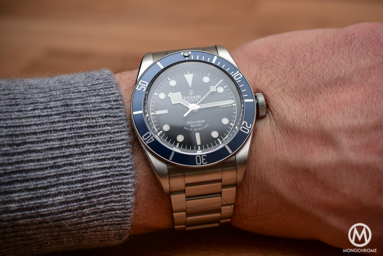 Comparative Review - 3 affordable & vintage-inspired dive watches - Tudor Heritage Black Bay Blue 79220B - wristshot