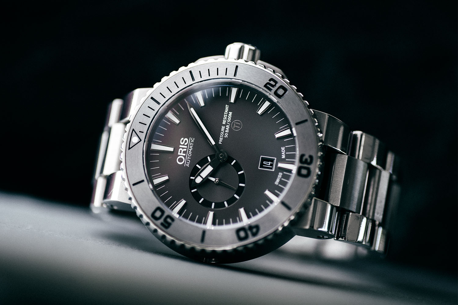 5 Cool Finds Chronext - 5 Essential Dive Watches - Oris Aquis Titan