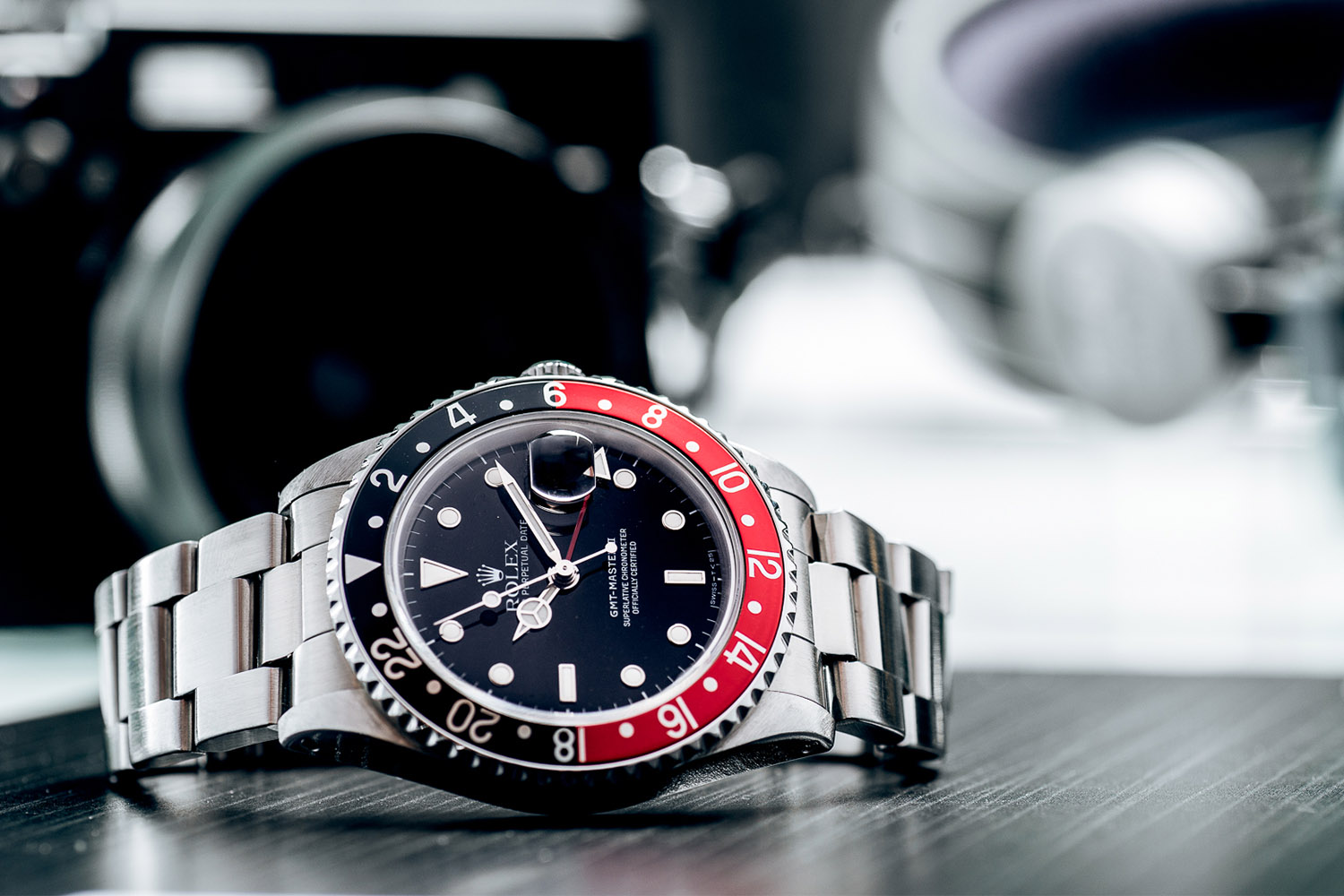 5-cool-finds-chronext-rolex-gmt-master-ii-coke-16710-2