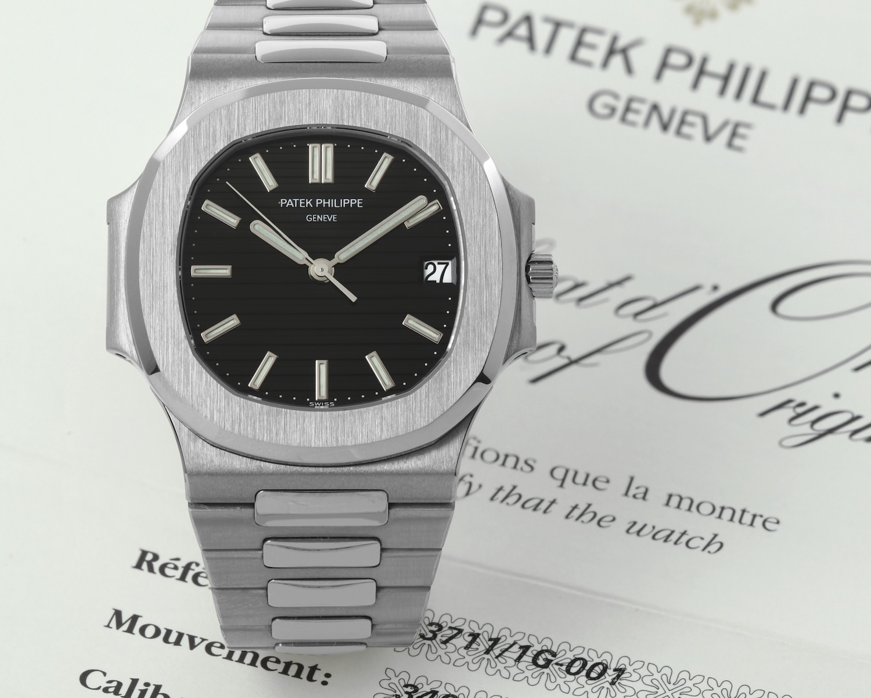 Patek Nautilus 3711-1G white gold - Patek Philippe Nautilus History