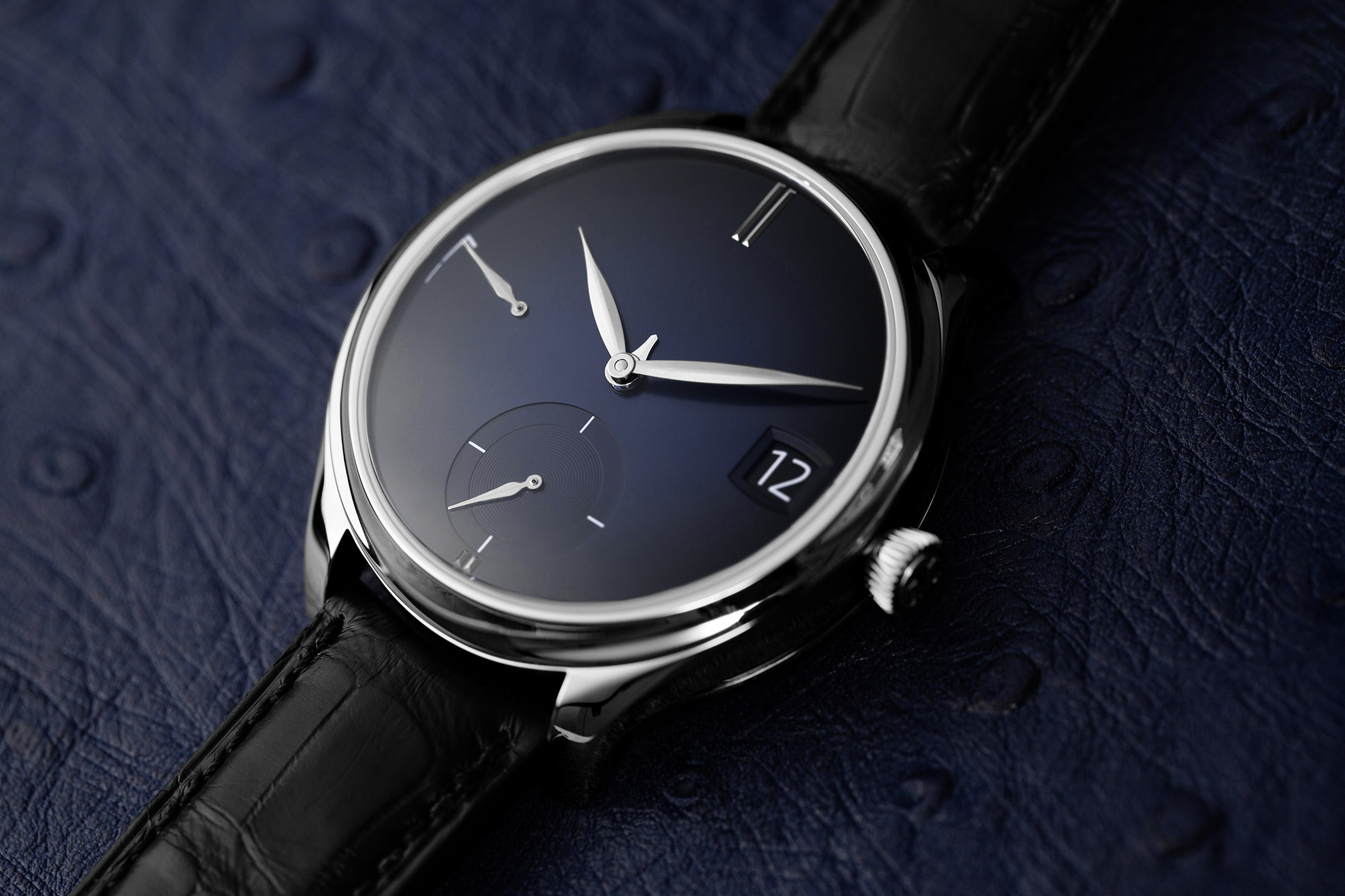 Introducing the H. Moser & Cie Endeavour Perpetual Calendar Purity