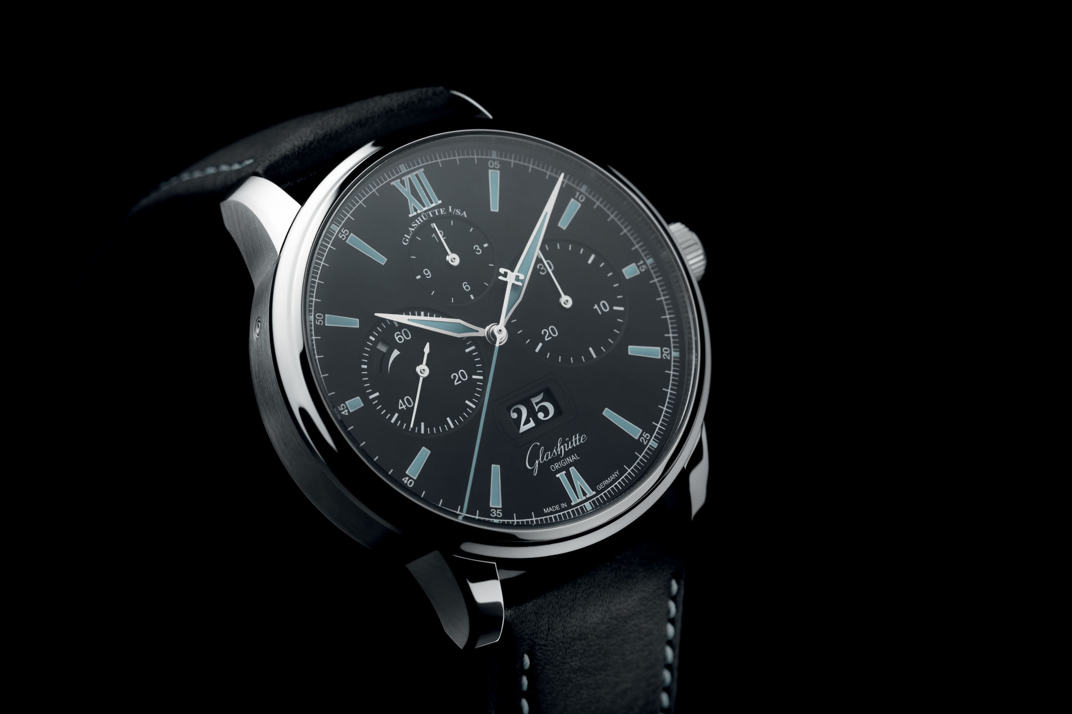 Glashutte Original Senator Chronograph Panorama Date Steel Black Dial - Baselworld 2017