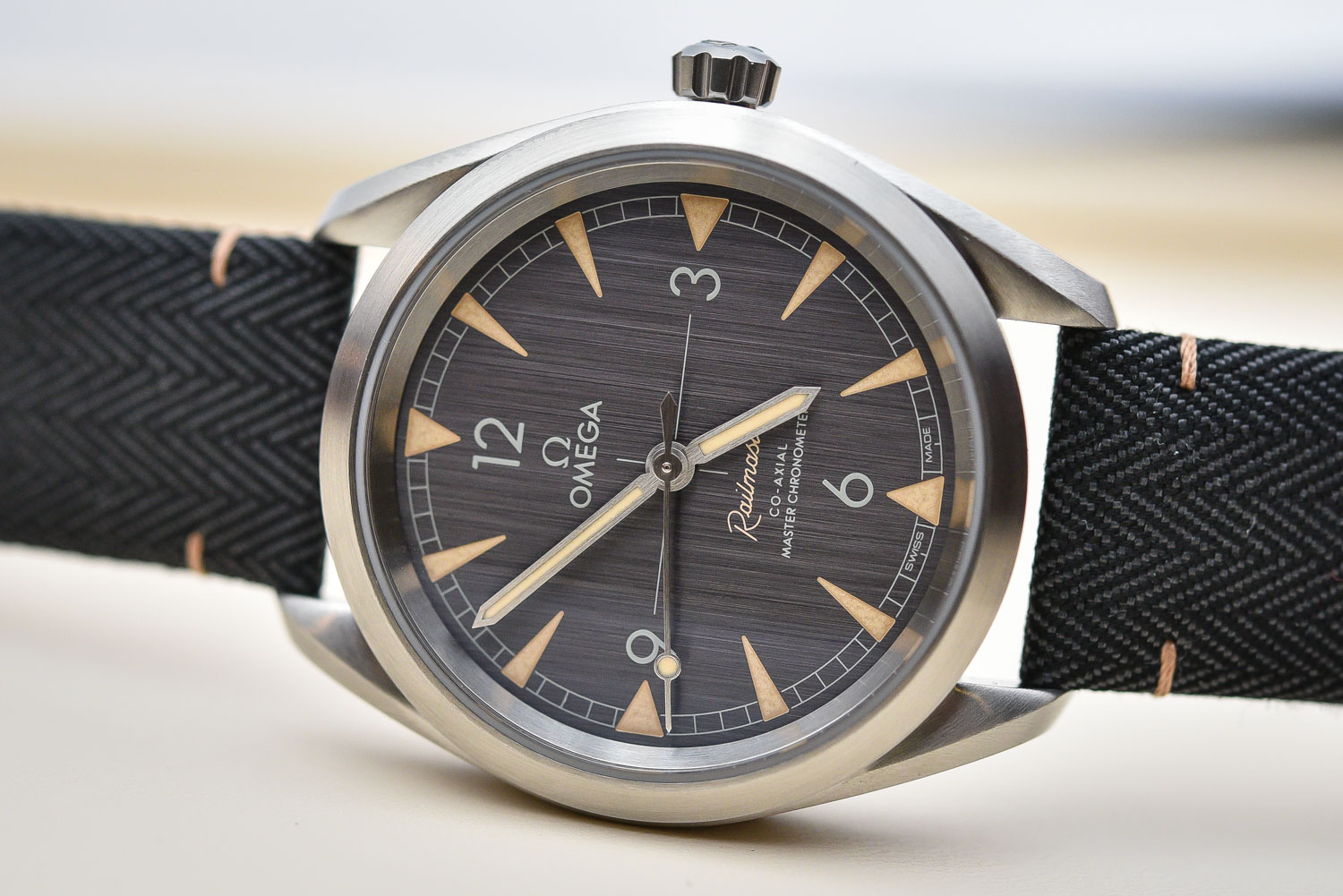 Omega Railmaster Master Chronometer Collection - Baselworld 2017 - Review Price
