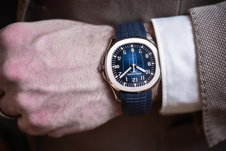 Patek Philippe Aquanaut Jumbo 42mm Blue Dial 5168g