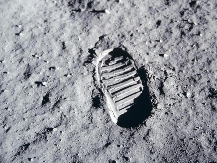 Buzz Aldrin's presentation_3