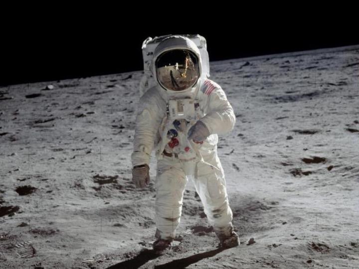 Buzz Aldrin's presentation_4