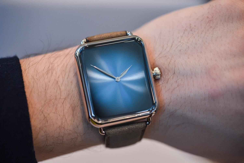 H. Moser Cie. Swiss Alp Watch Zzzz - funky blue dial