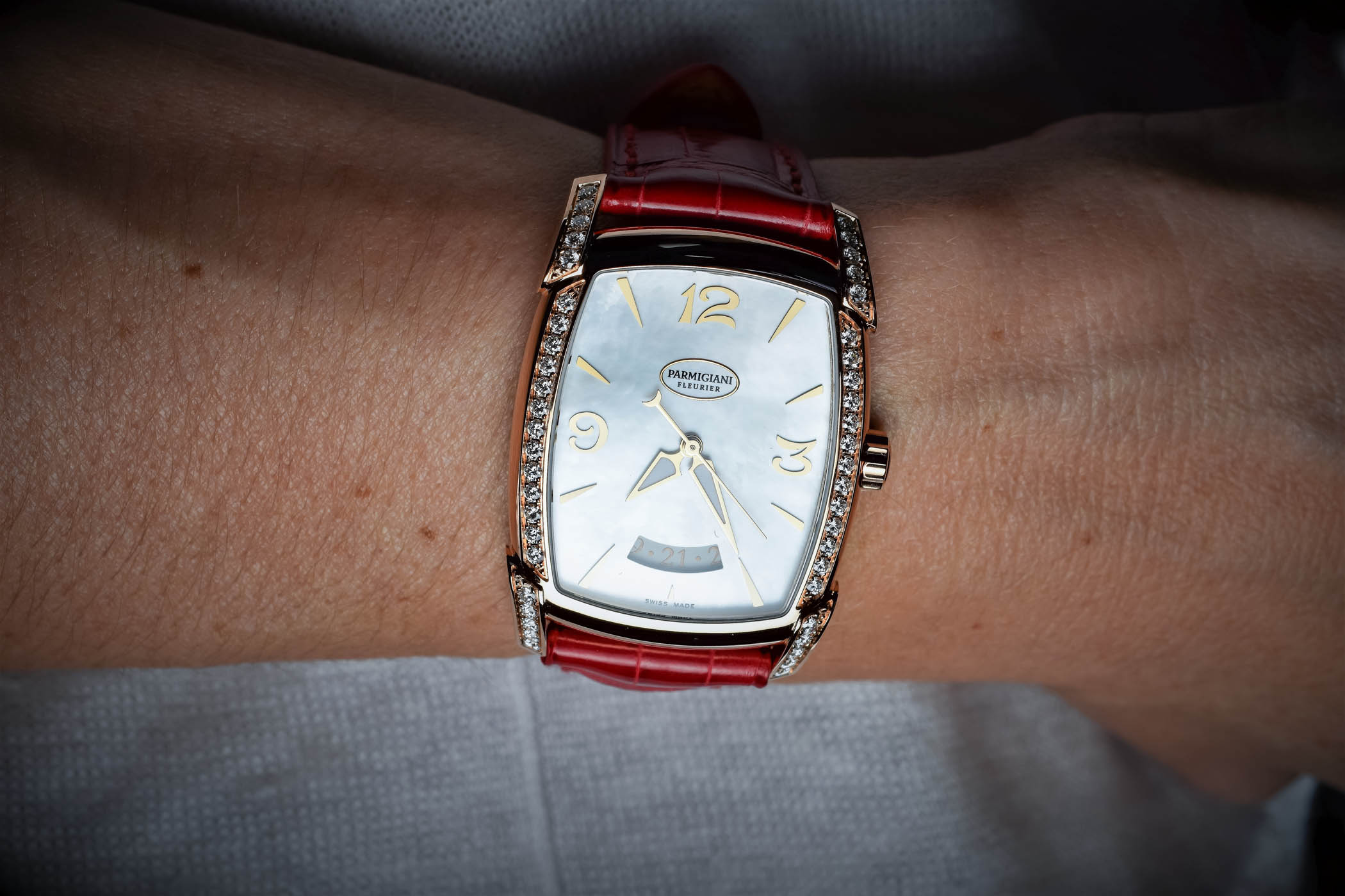 Parmigiani Fleurier Kalparisma ladies watch - hands-on