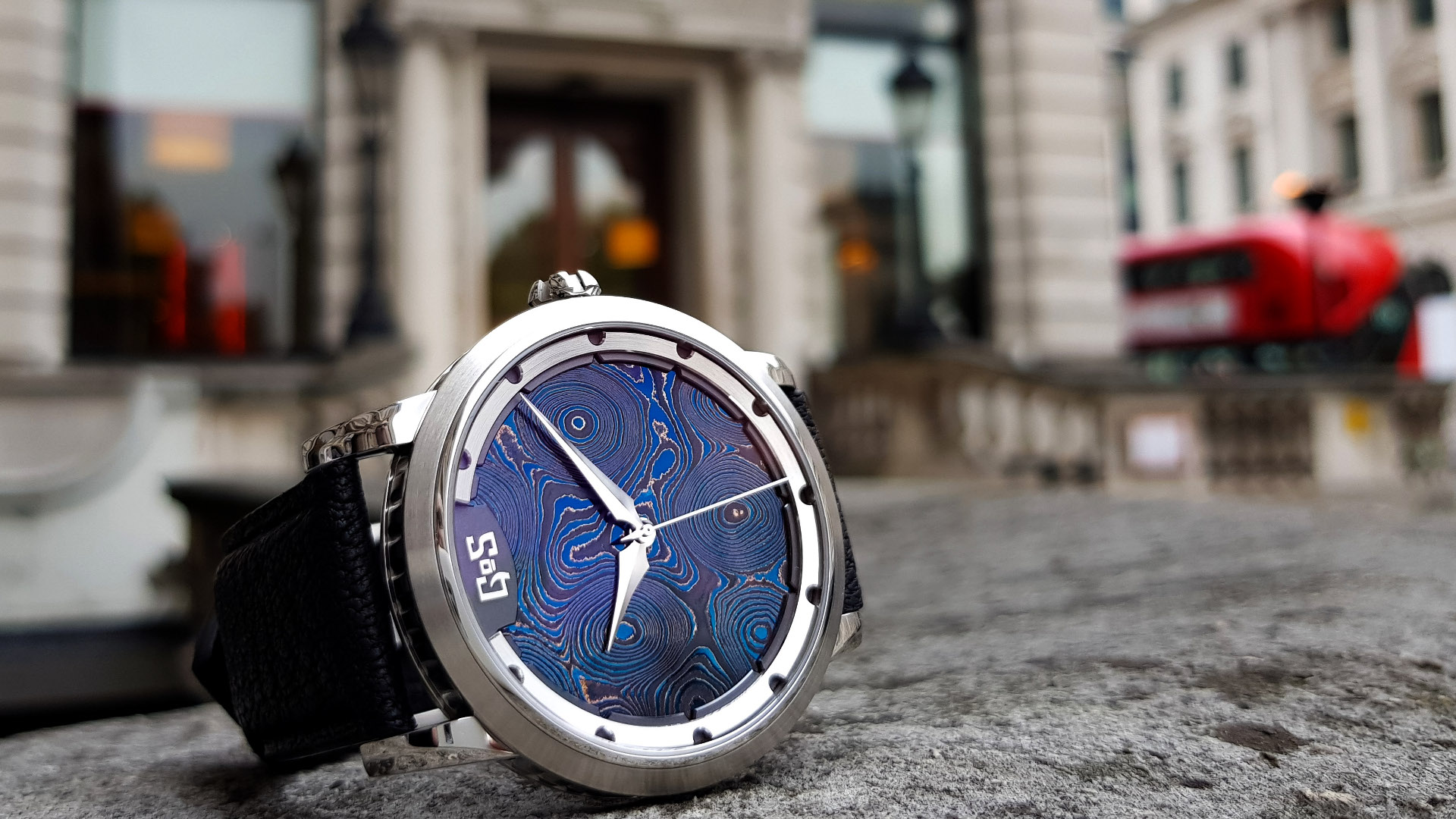 GoS Sarek Midnight Blue Damascus Steel dial