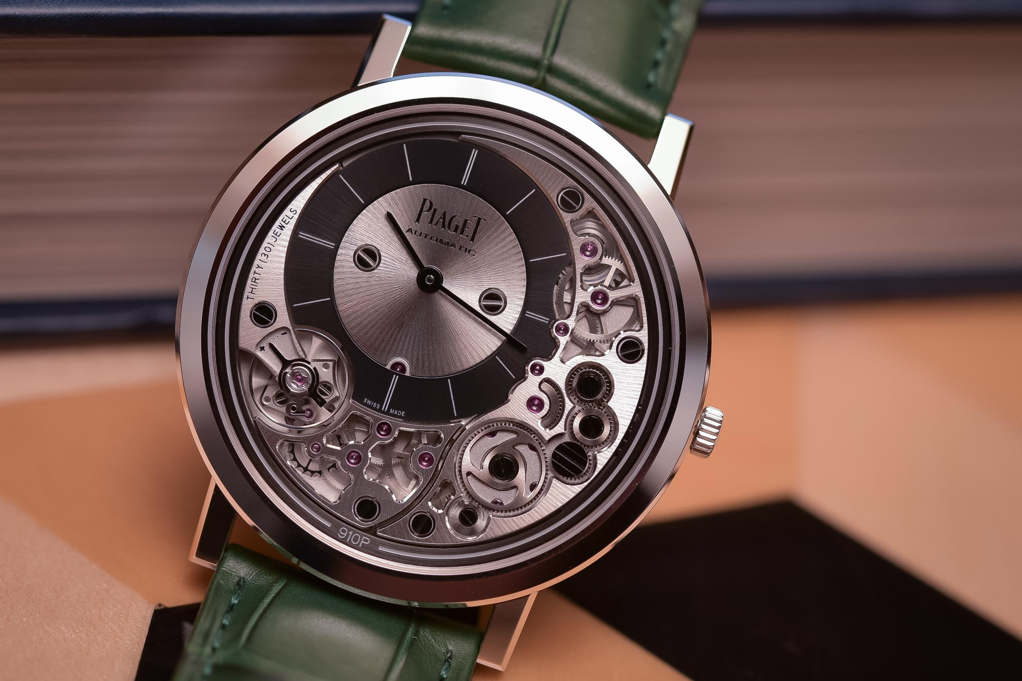 Piaget Altiplano Ultimate Automatic 910P - Thinnest Automatic Watch