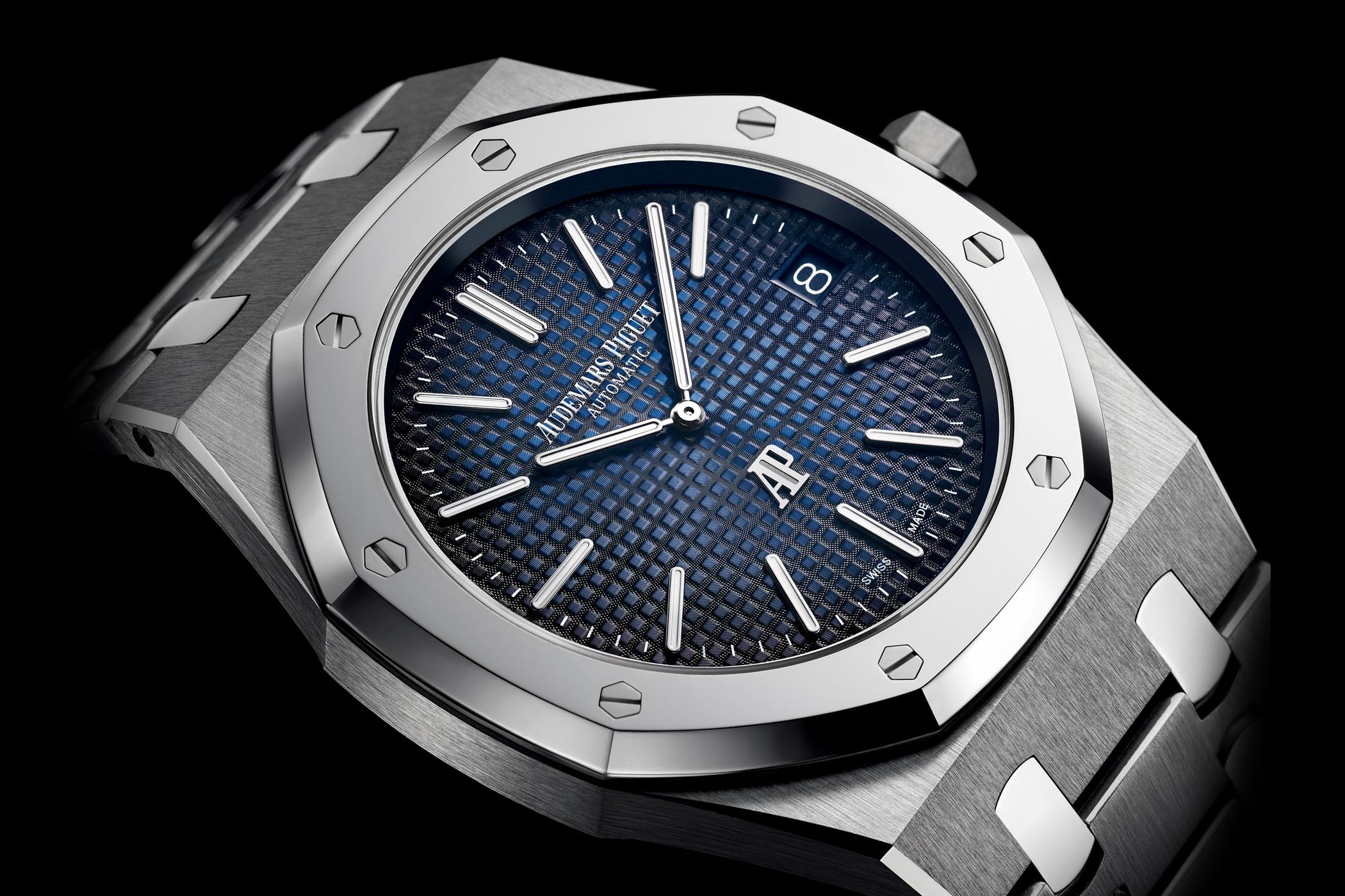 introducing audemars piguet royal oak jumbo extra thin 15202ip titanium smoked blue dial