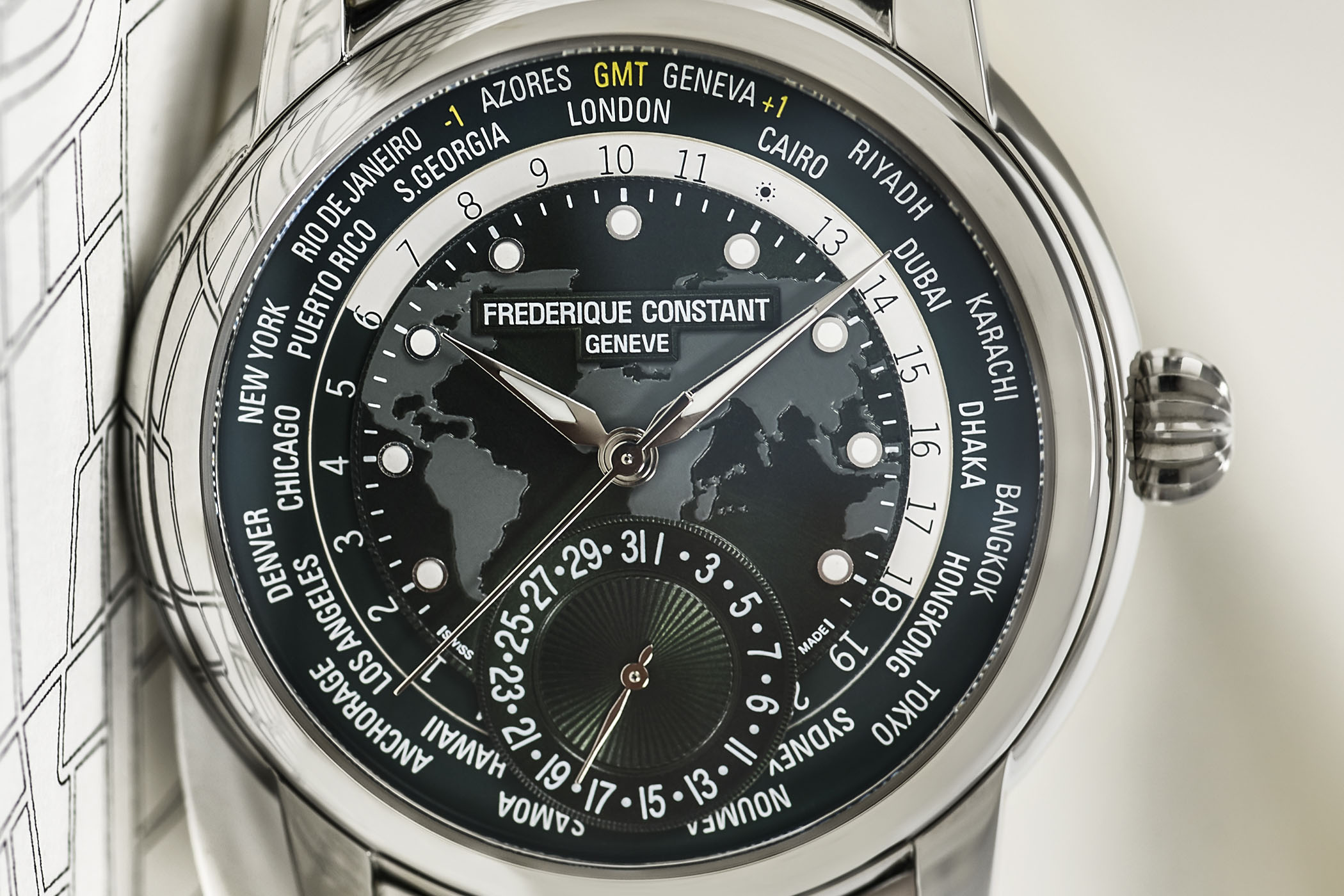 Frederique Constant Classic Worldtimer Manufacture Green Dial FC-718GRWM4H6 - Pre-Baselworld 2018