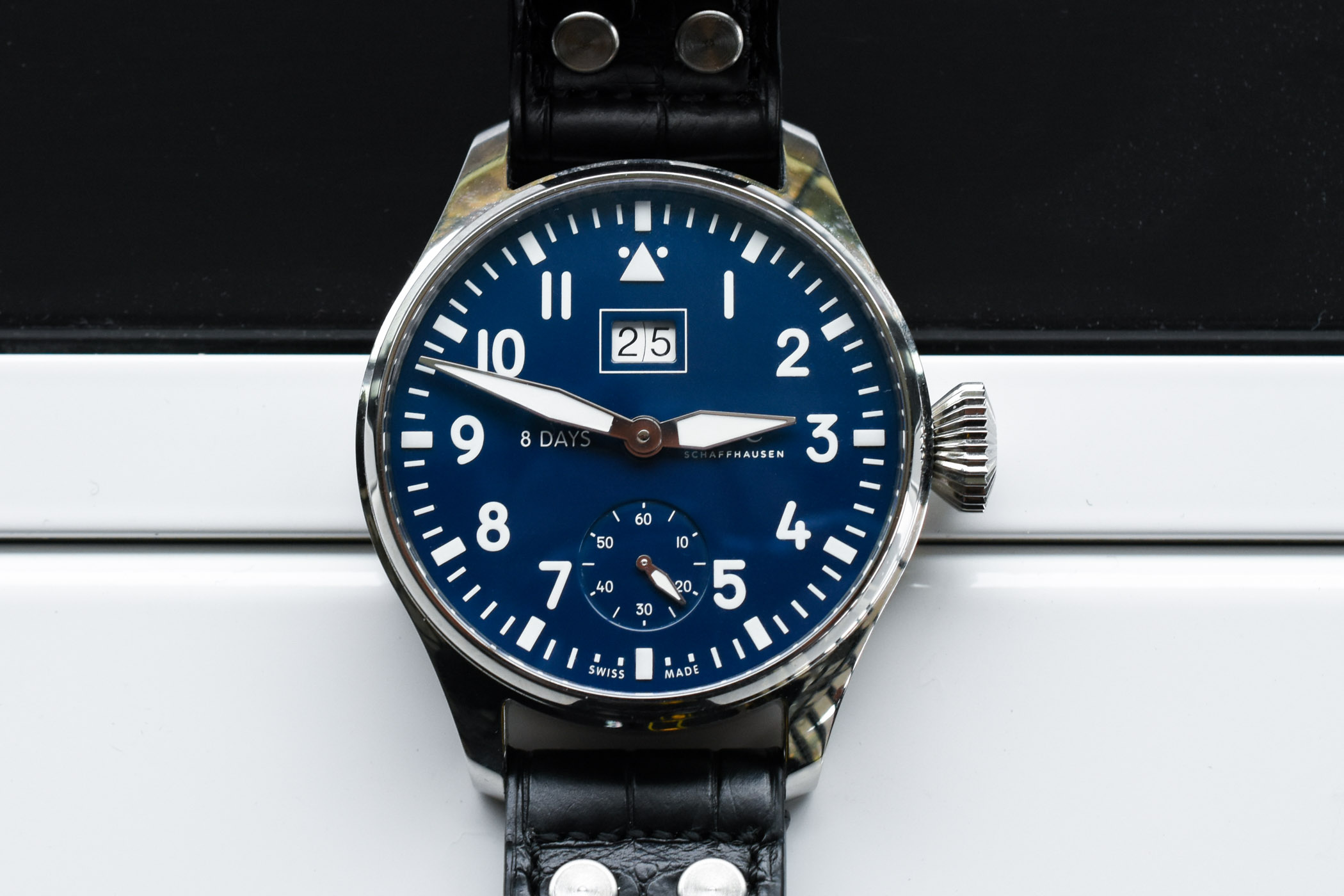 hands on iwc big pilot s watch big date edition 150 years. Black Bedroom Furniture Sets. Home Design Ideas