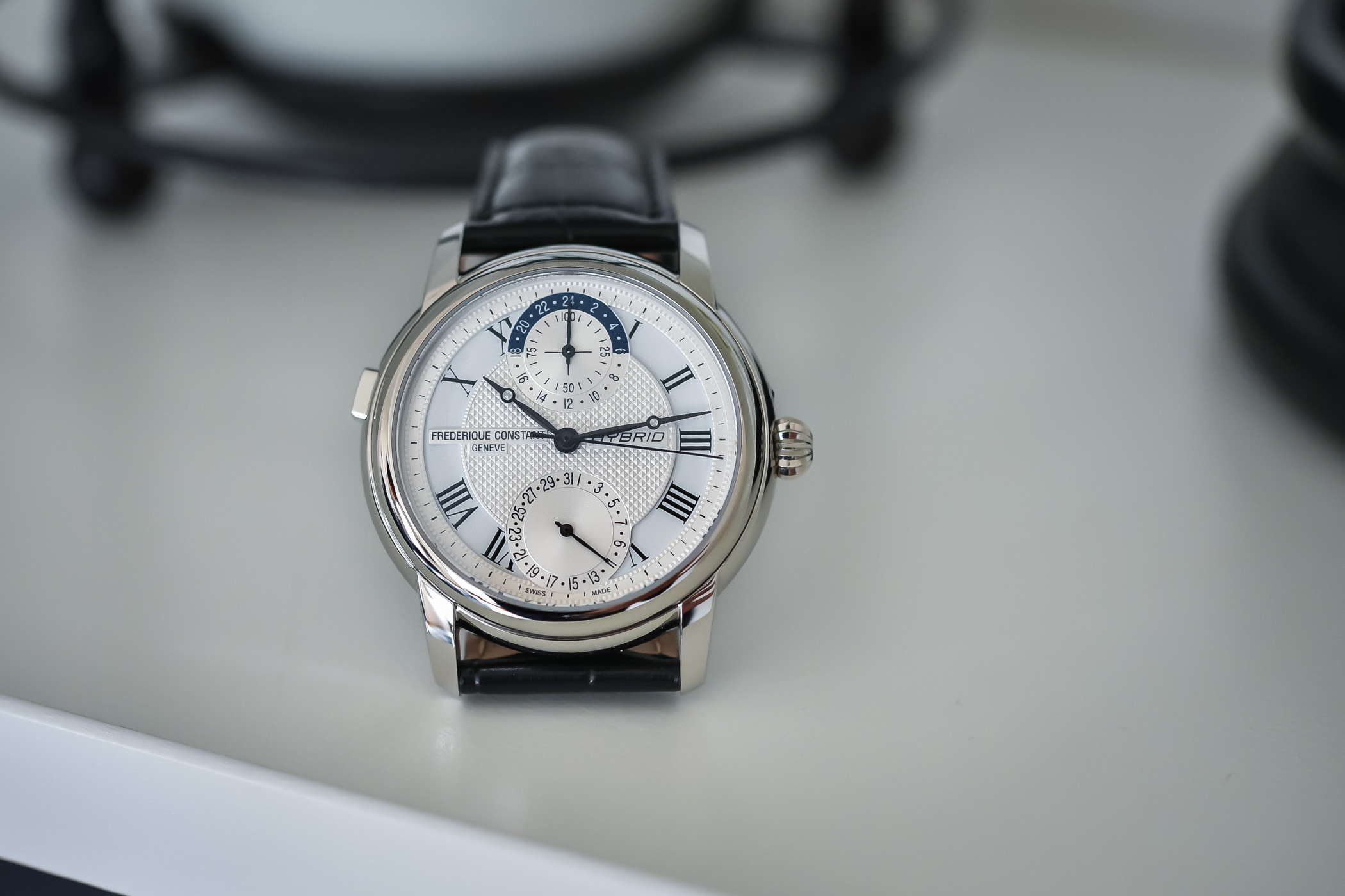 Frederique Constant Hybrid Manufacture - review