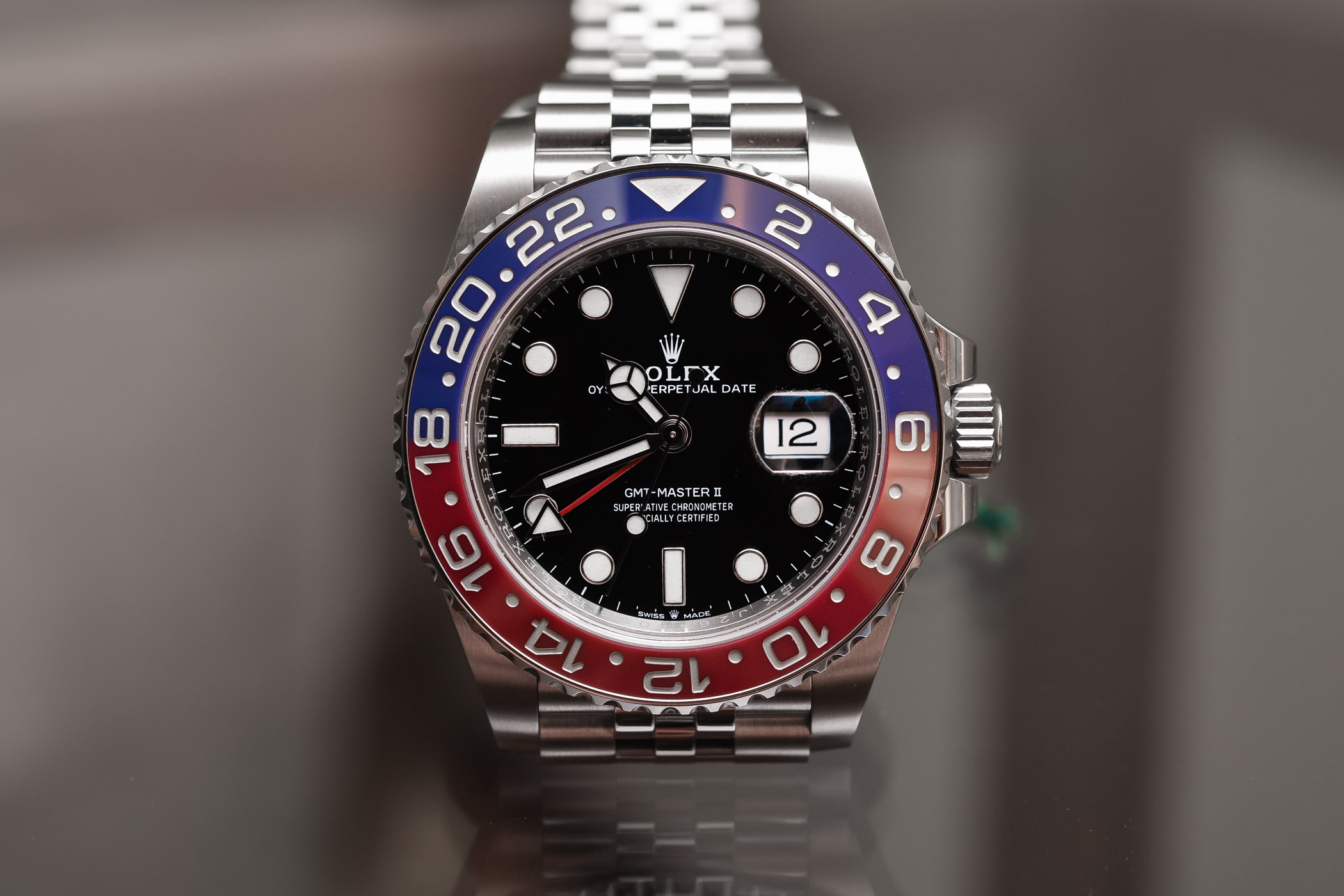 "Rolex GMT-Master II ""Steel Pepsi"" 126710BLRO"