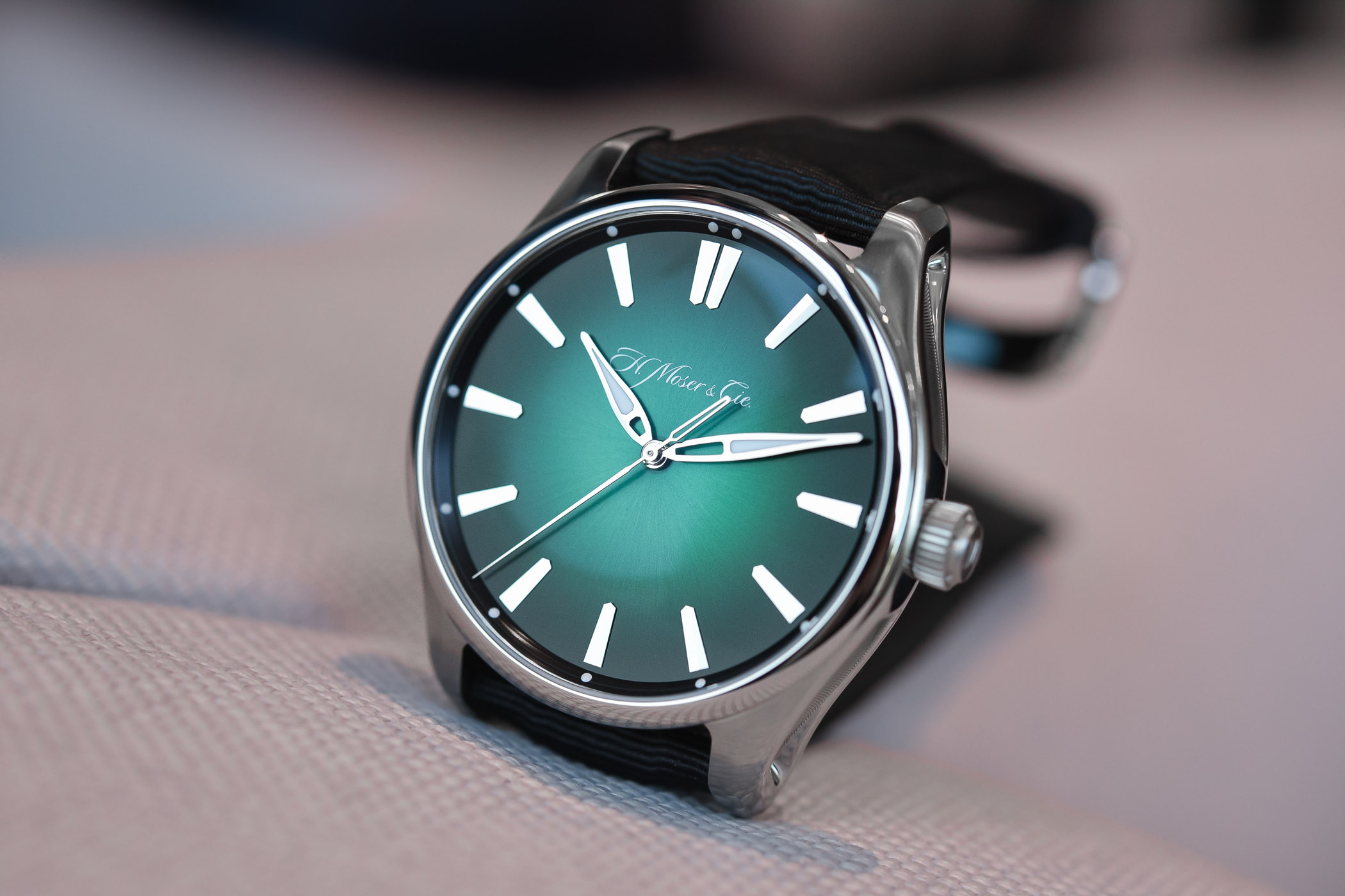 H. Moser Cie Pioneer Centre Seconds Cosmic Green - reference 3200-1202