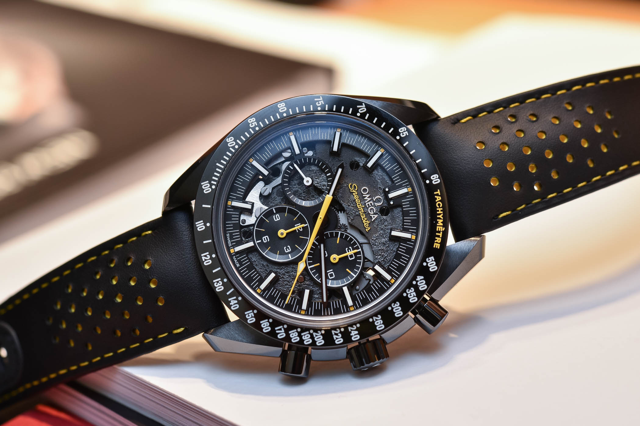 Review Omega Speedmaster Dark Side Of The Moon Apollo 8
