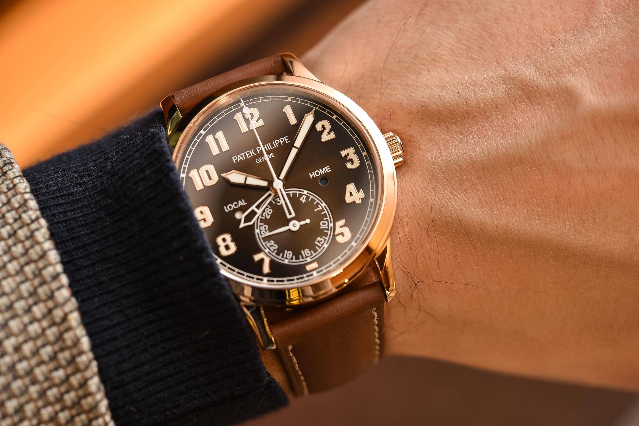 Patek Philippe Calatrava Pilot Travel Time 5524R Rose Gold Brown Dial - Buying Guide Brown Watches