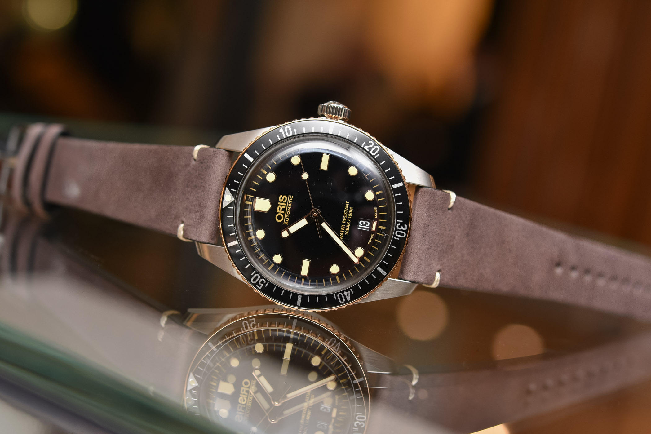 e6898d58c1a Hands-On - Oris Divers Sixty-Five Steel and Bronze (40mm and 36mm ...
