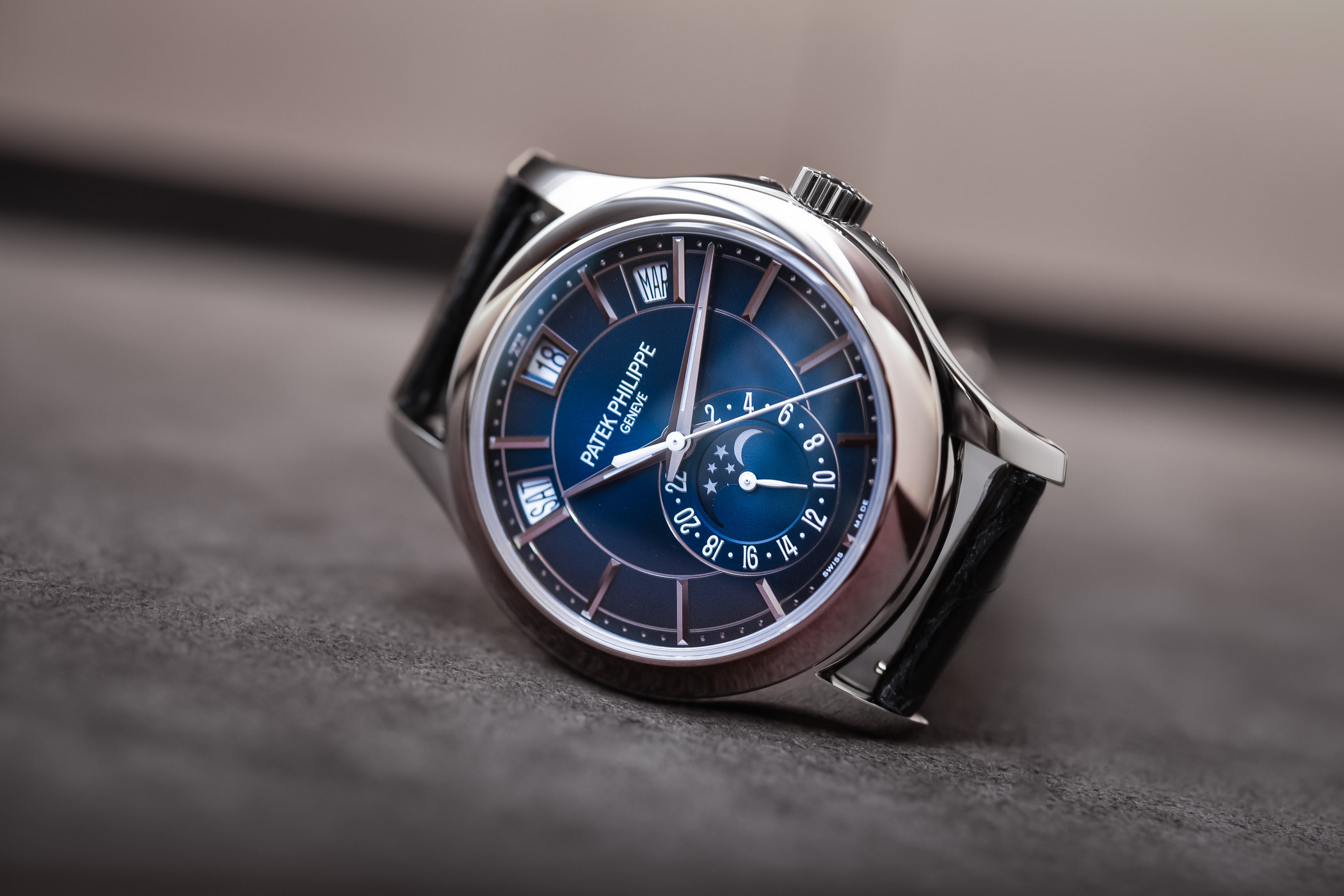 3d11a5ef730 Hands-On - Patek Philippe Annual Calendar 5205G Gradient Blue Dial ...