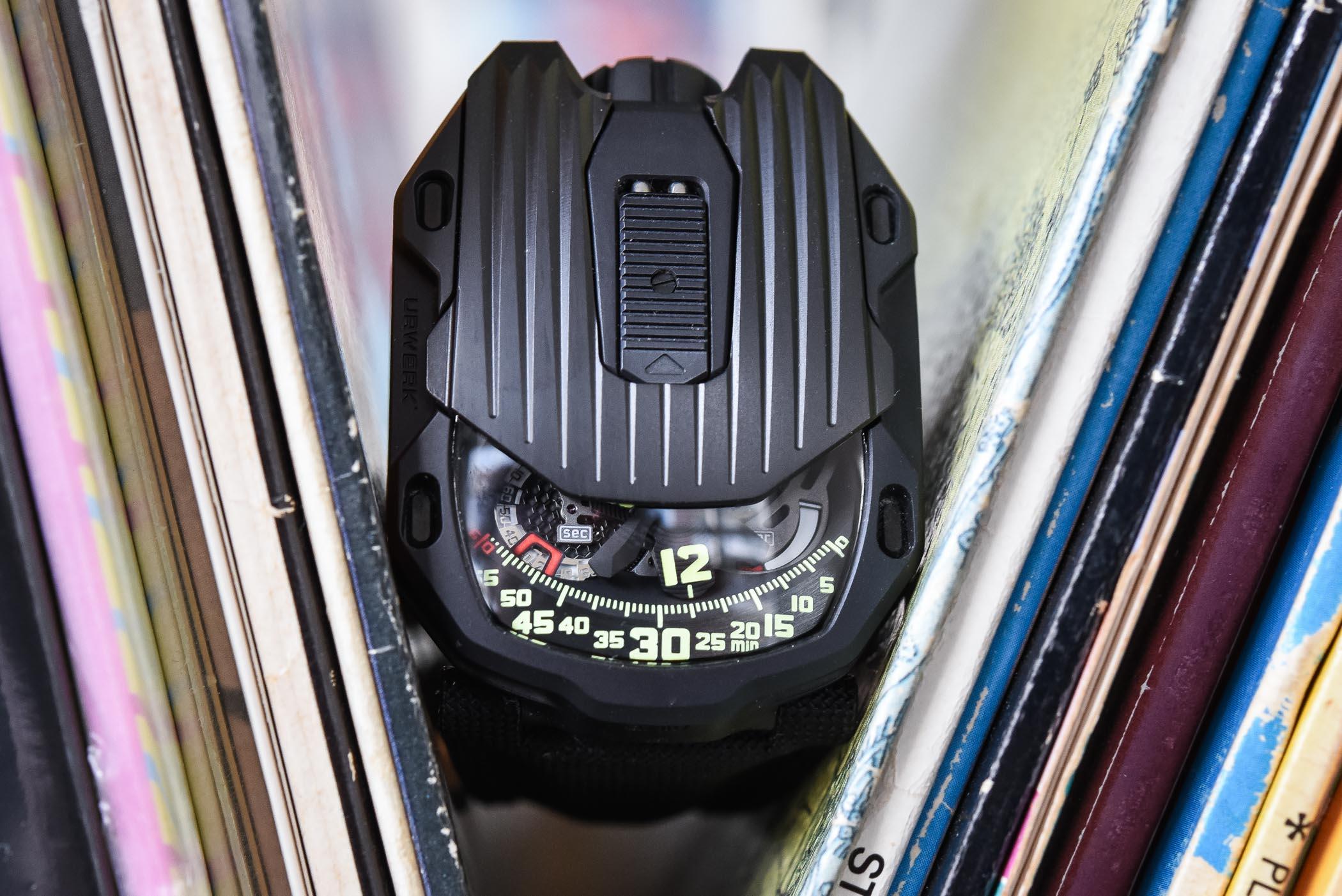 Urwerk UR-105 CT Streamliner - Review